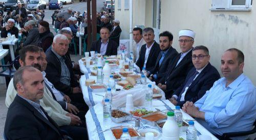 Dedeağaç'ın Çilingirmahalle köyünde iftar geleneği devam etti