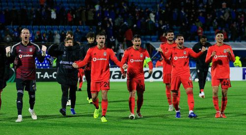 Beşiktaş'tan muhteşem geri dönüş