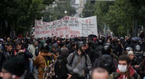 Polisin öldürdüğü genç için anma gösterileri düzenleniyor