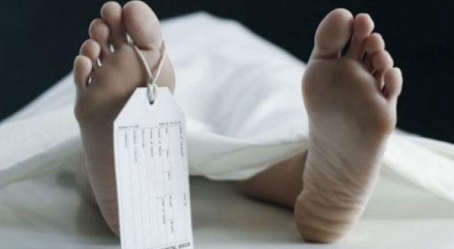 Yunanistan'ın geri gönderdiği bir göçmen daha donarak öldü