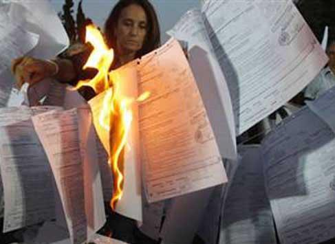 Maliye Bakanlığı, vergi kaçıran 4 bin kişinin isimlerini yayınladı