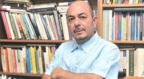 Kıbrıslı Türk, Rumların listesinden aday oldu