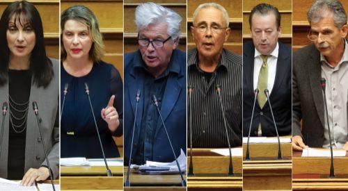 Hükümete güvenoyu veren 6 vekil mecliste SİRİZA'ya katıldı