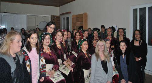 DEB Partisi Çepelli köyünde Çay Gecesi etkinliği düzenledi