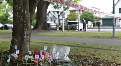 Terör saldırılarına destek veren İngiliz gözaltına alındı