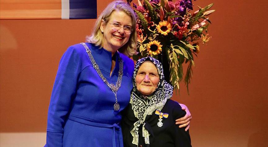 Hollanda'da 82 yaşındaki Türk'e kraliyet nişanı verildi