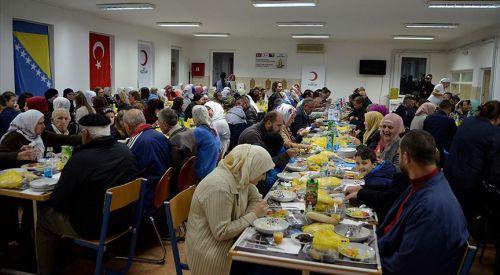 Srebrenitsa'da iftar