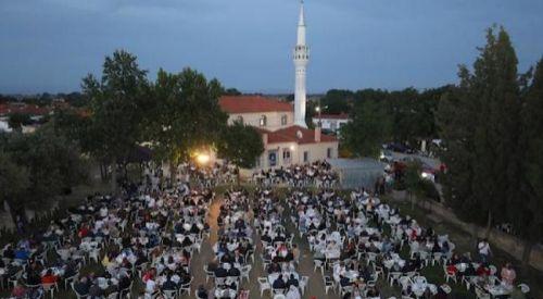 Bursa Büyükşehir Belediyesi'nden, Batı Trakya Türklerine iftar ve sahur programı