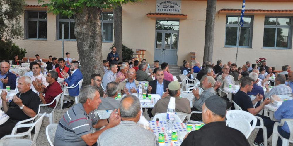 Çelebiköy halkı Kadir Gecesinde iftar yemeği düzenledi