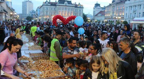 Sırbistan'da geleneksel 'bayram sofrası' kuruldu