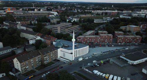 Almanya'da 'Cami Meydanı' açıldı