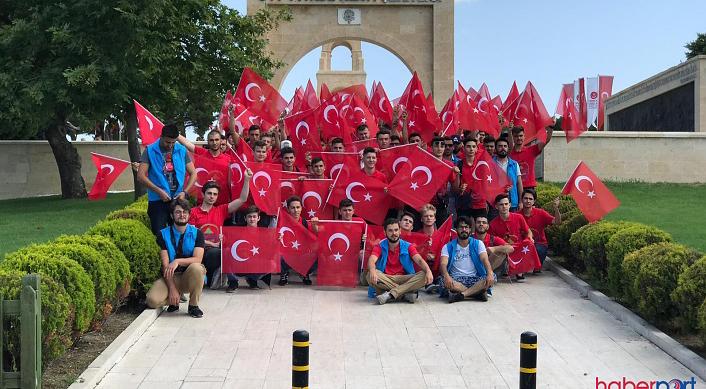 Yurtdışı Türkler Çanakkale'de dedelerini andı