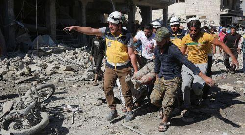 Rus uçakları İdlib'de pazar yerini vurdu: 25 ölü