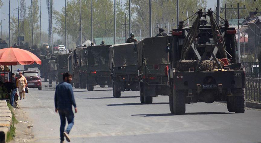 Hindistan Cammu Keşmir'in özel statüsünü ortadan kaldırdı