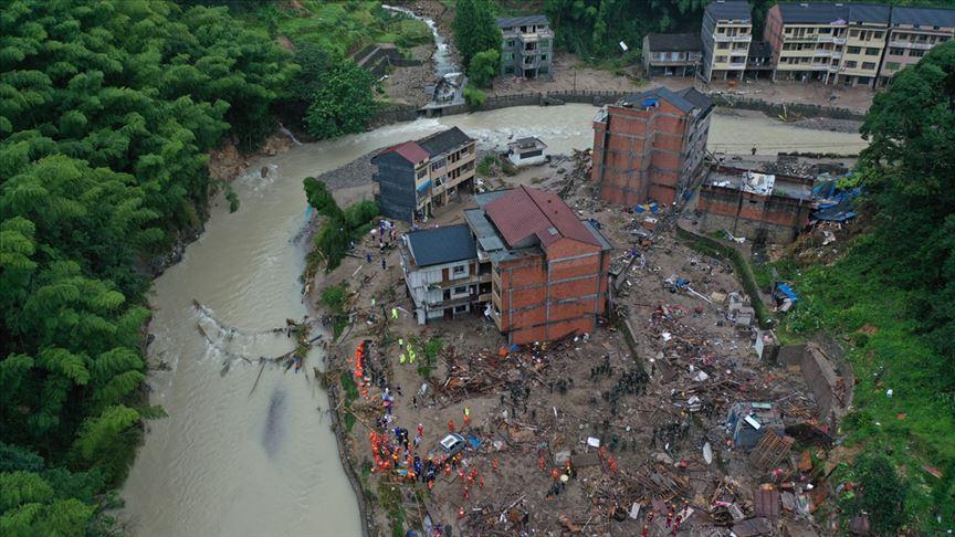 Çin'deki Lekima tayfununda ölü sayısı 45'e çıktı