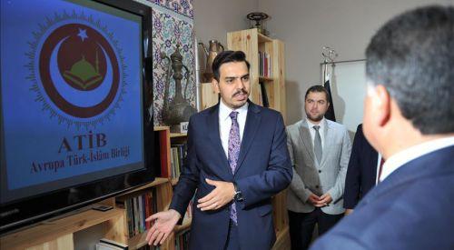 Eren: Gençlerimizin Türkçeyi unutmamaları için çalışıyoruz