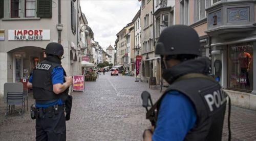 Almanya'da Müslüman kadınlara saldırı
