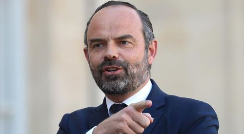 Fransa Başbakanı'ndan aşırı sağcıların İslam karşıtı sözlerine tepki