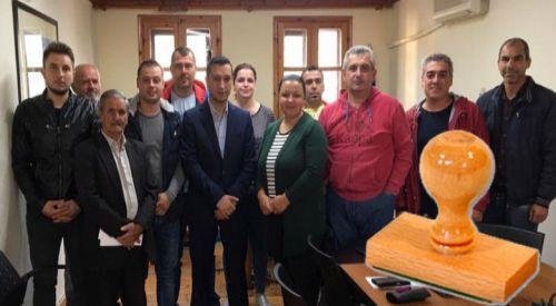 Yassiköy Belediyesi'nde muhtarlara mühür yetkisi verildi