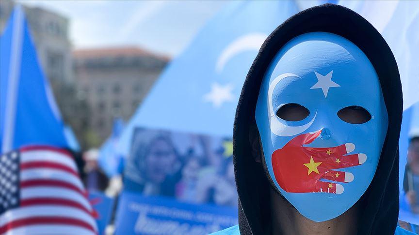 Çin'in kamplarda Uygur Türklerine uyguladığı zulmün belgeleri basına sızdı