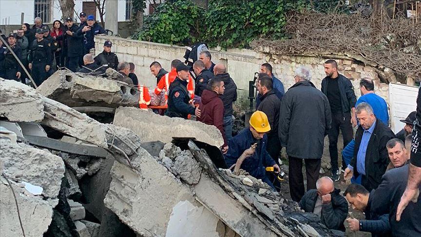 Arnavutluk'ta deprem: 13 kişi öldü