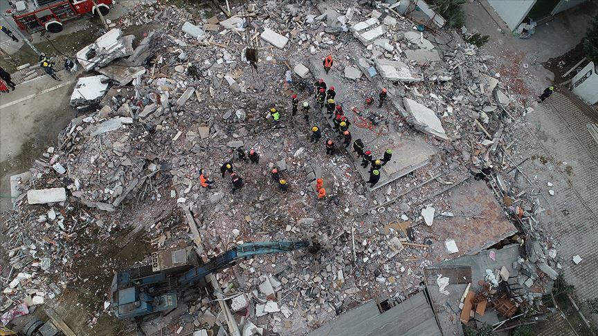 Arnavutluk'taki depremde ölü sayısı 50'ye yükseldi