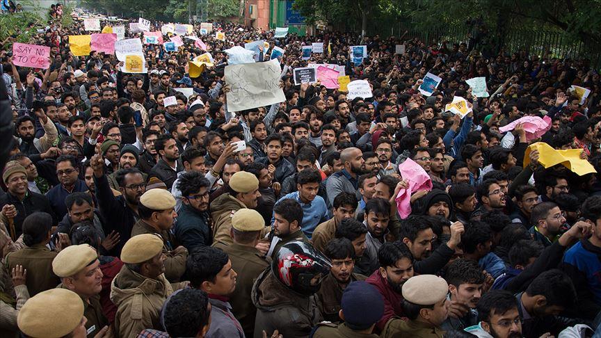 Hindistanlı Müslümanlar geleceklerinden endişeli