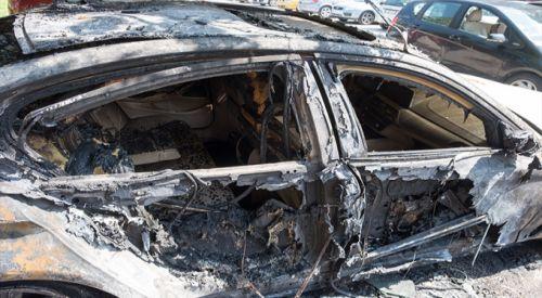 Selanik'te Türk diplomata ait araç kundaklandı