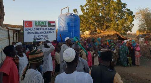 Celal Bayar Lisesi öğrencileri Sudan'da su kuyusu açtırdı