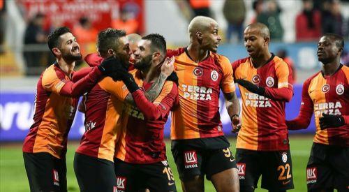 Galatasaray galibiyet serisini sürdürdü