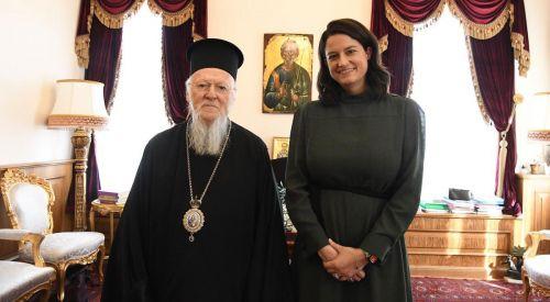 Patrikhane'yi ziyaret eden Bakan Kerameos: Helenizm (Türkiye'de) kilise ve okullarımız sayesinde ayakta duruyor