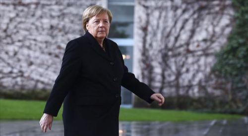 Macron ve Merkel, Rusya ve Esed rejiminden İdlib'de ateşkes istedi