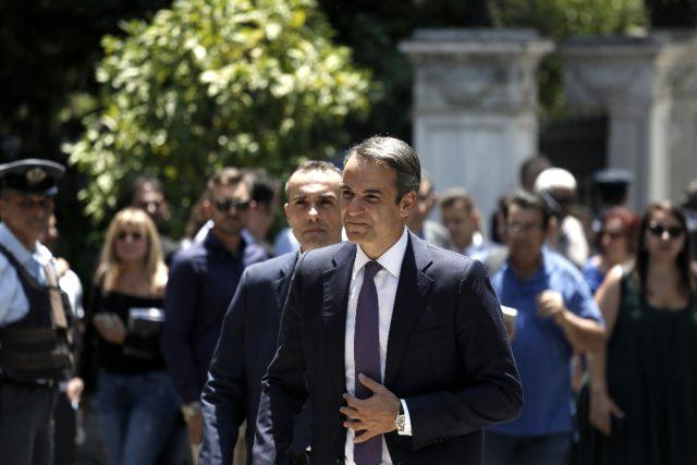 Miçotakis: Yunanistan sınırda hiçbir kaçak geçişe tahammül göstermeyecek