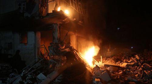 Rus savaş uçakları İdlib'te sivilleri vurdu: 9 ölü