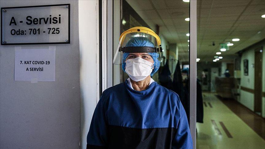Türkiye güçlü sağlık sistemi ve sosyal yardımlarıyla koronavirüse karşı model ülke