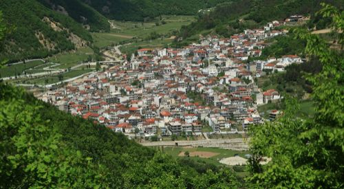 İskeçe'nin Şahin köyü zor günler geçiriyor