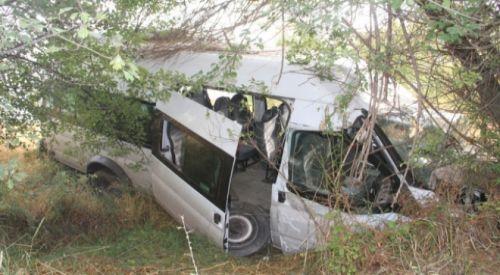 İskeçe-Selanik kara yolunda kaza: 1 ölü, 7 yaralı