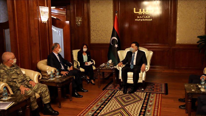Türkiye Savunma Bakanı Akar, Libya Başbakanı Serrac ile görüştü