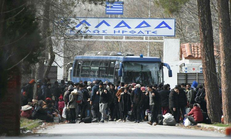Yunanistan'a girişte yeni önlemler açıklandı