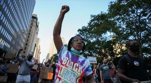 ABD'de işçiler ırkçılık ve ayrımcılığa karşı greve gitti