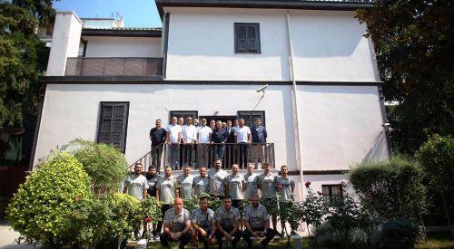 Beşiktaş yönetiminden Atatürk'ün doğduğu eve ziyaret