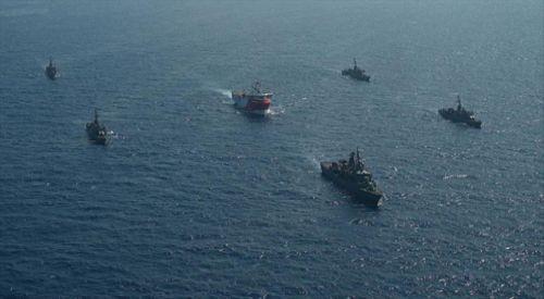 Debeuf: Yunan karasuları, Türkiye'nin karasularına göre orantısız olmuş