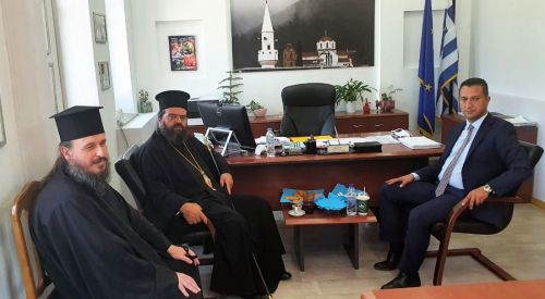 Metropolit Efendi Başkan Önder Mümin'i ziyaret etti