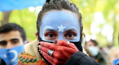 Brüksel'de Çin protestosu