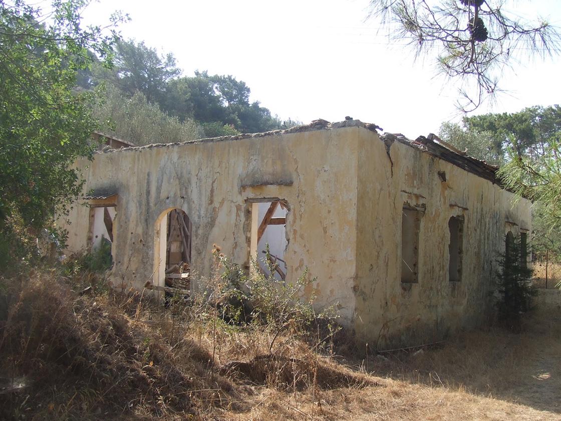 Yunanistan'da kültürel soykırım: Rodos'ta cami ve mektepler yok edildi
