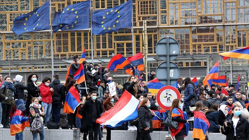Ermenistan Avrupa'nın aşırı sağcılarından medet umuyor