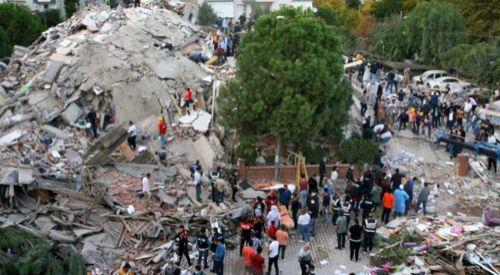 İzmir'deki depremde can kaybı 26'ya, yaralı sayısı 831'e yükseldi