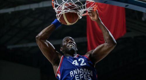 Anadolu Efes Olympiakos'u yendi, Dunston tarihe geçti