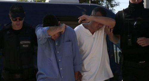 Yunanistan'da FETÖ üyesi 3 kişi sahte Yunan kimliğiyle yakalandı
