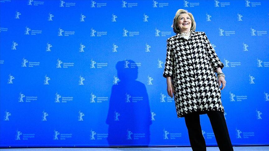 Hillary Clinton: Bu, tarihi bir başarı, Trump'ın defedilmesi ve Amerika için yeni bir sayfa oldu